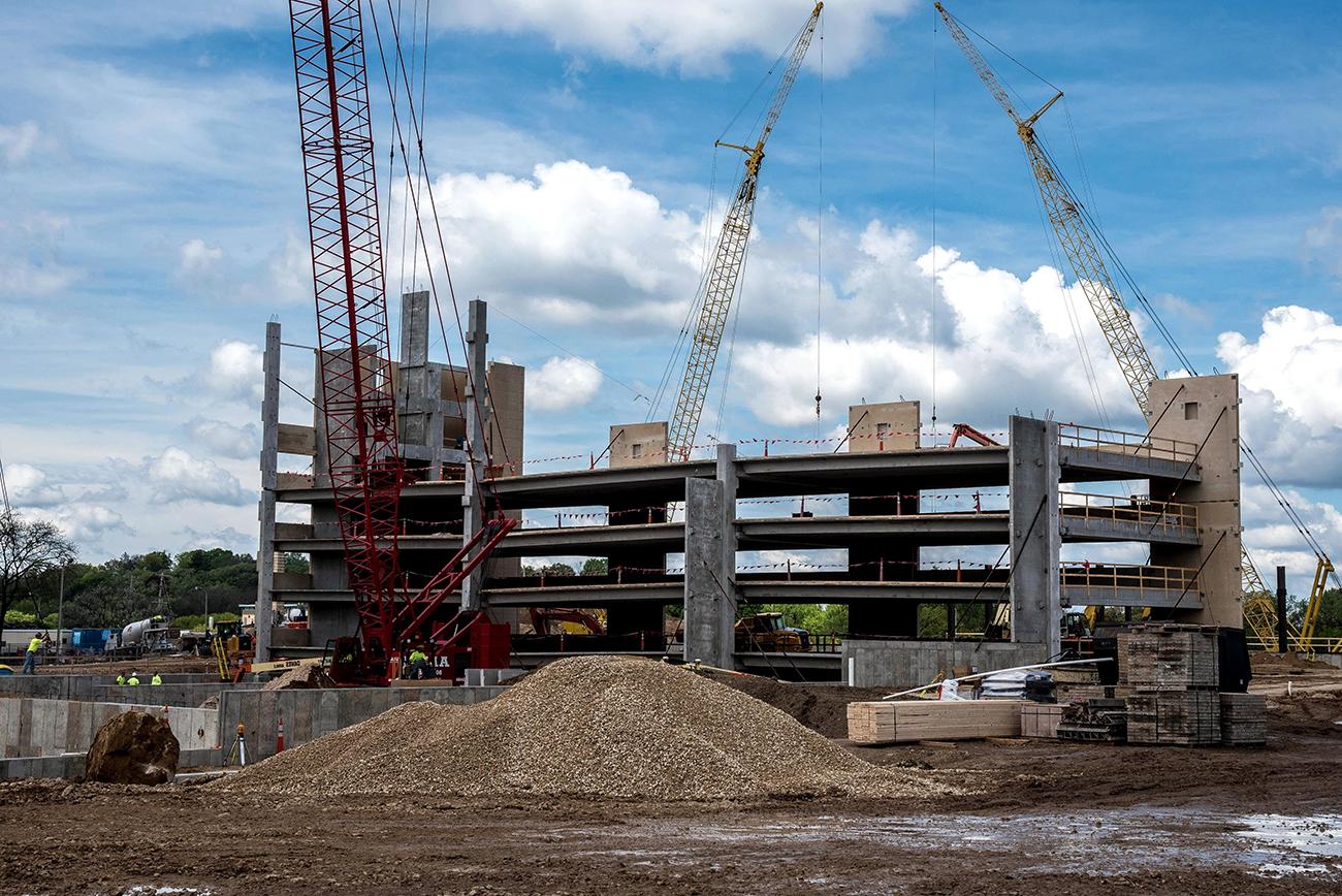 Actividad de la construcción creció un 2,6% anual en abril