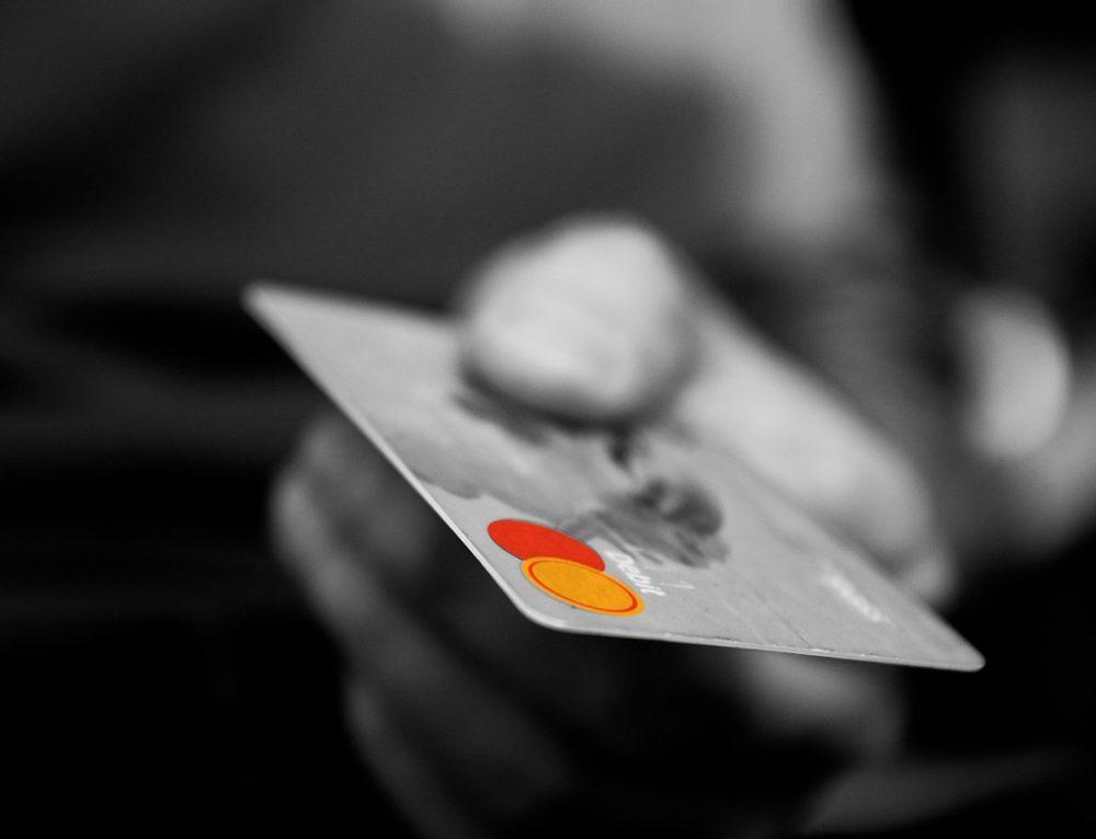 Michèle Labbé y la prohibición de ofertas con tarjeta: «Podría afectar el acceso al crédito»